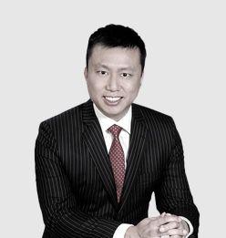 Dr. Yong Chern Chet.