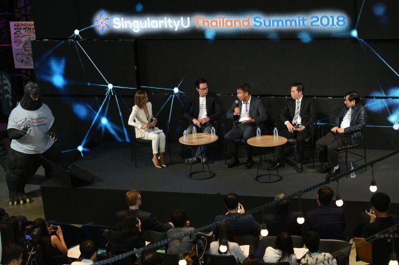 Press-Con_SingularityU-Thailand-Summit-2018_03